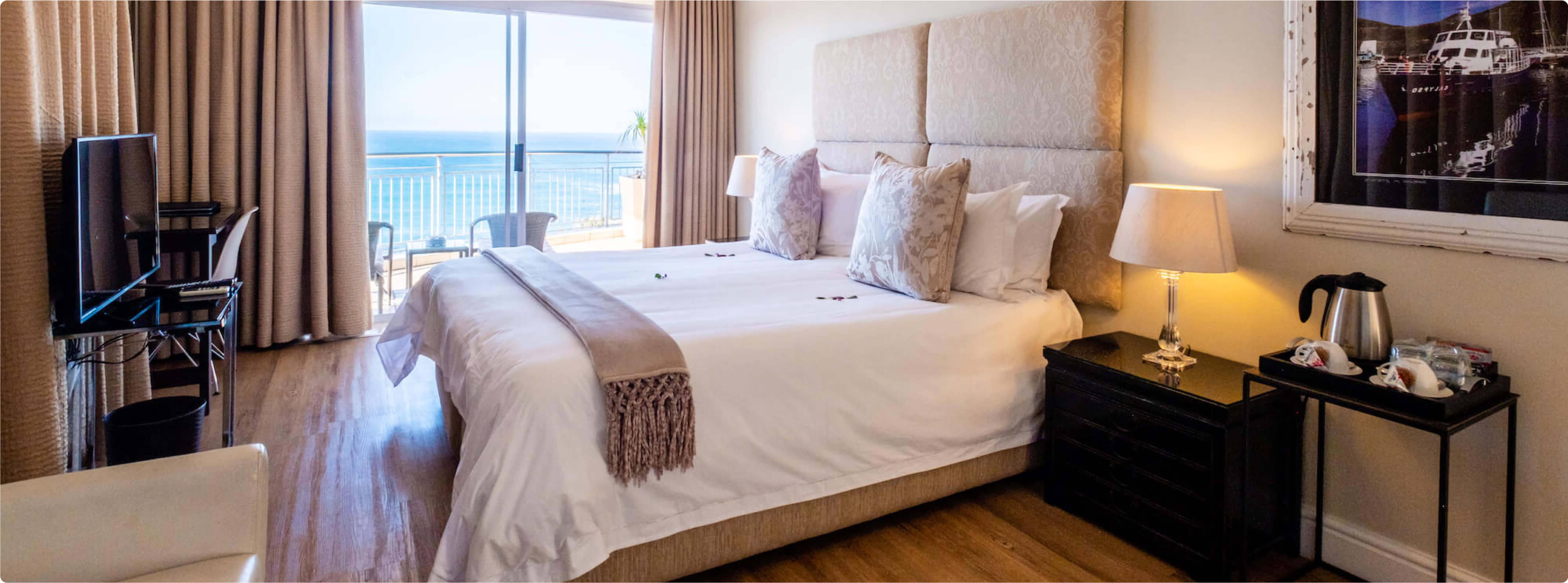 3 On Camps Bay - Luxury Room